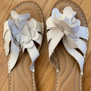 Sonoma white leather flats